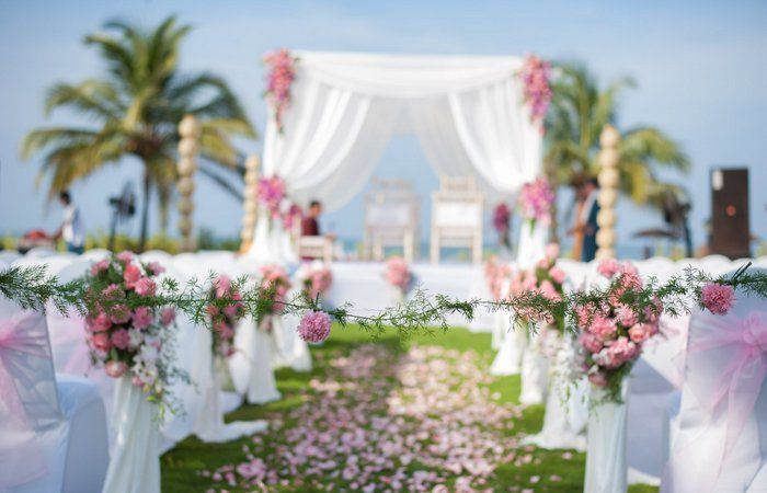 2018s most popular wedding themes the beautiful tent company sharikverma junglespirit Image collections